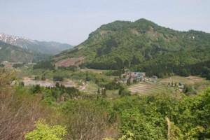 山と森に囲まれた小玉川の集落